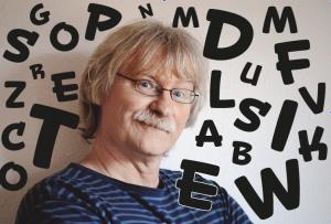"""Kabarett """"Ulf und seine kleinen Bücher"""" mit Ulf Annel @ Bahnhof Rennsteig"""