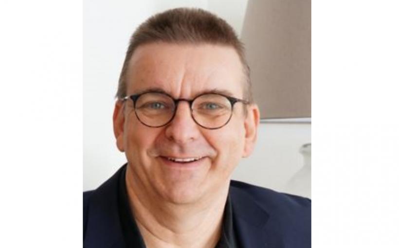 Schriftsteller und Dozent Michael Paul