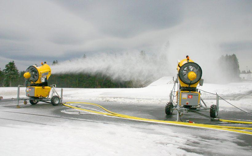 Schneeproduktion in Oberhof